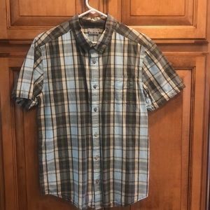 Men's short sleeve button down plaid shirt Lg